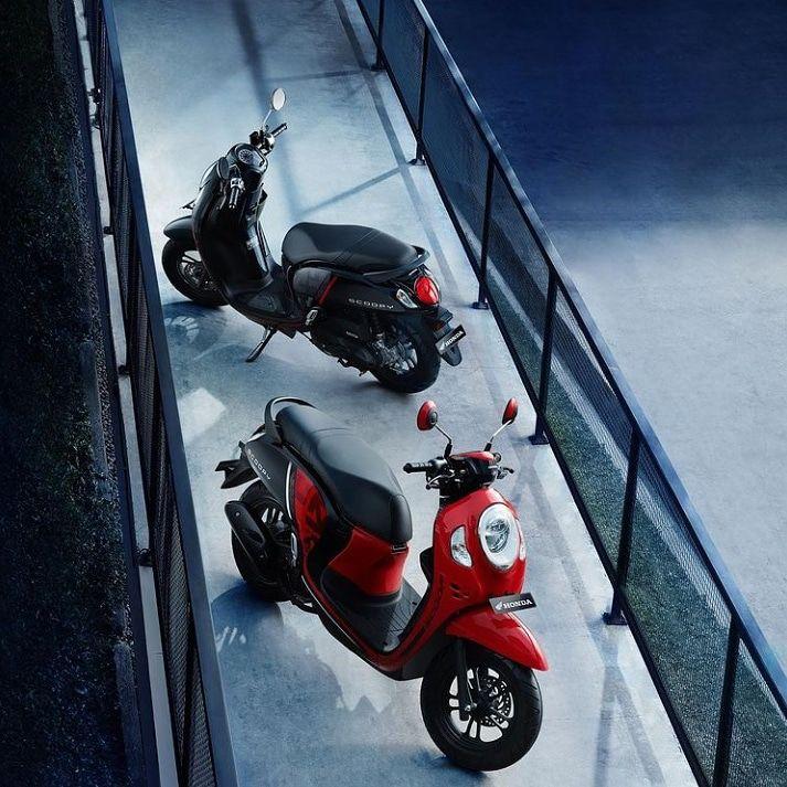 Dapatkan Promo menarik dari setiap pembelian Scoopy Varian Sporty Black dan Sporty Red